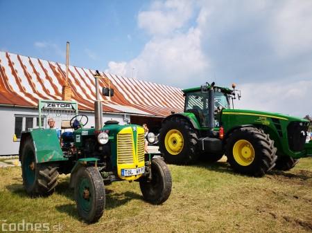 Foto a video: Traktory Máčov 2019 18