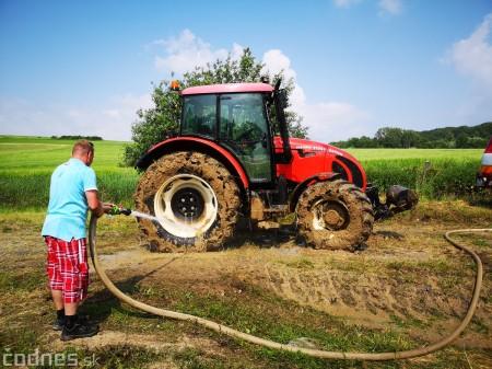 Foto a video: Traktory Máčov 2019 31