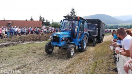 Foto a video: Traktory Máčov 2019 35