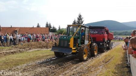 Foto a video: Traktory Máčov 2019 39