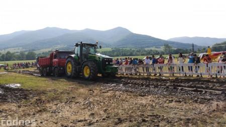 Foto a video: Traktory Máčov 2019 43