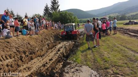 Foto a video: Traktory Máčov 2019 46