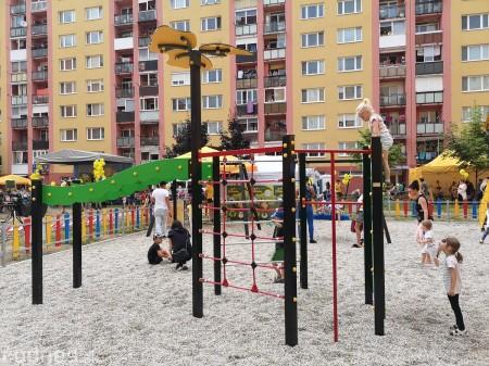Foto: Slávnostné otvorenie detského ihriska Žihadielko - Prievidza 34