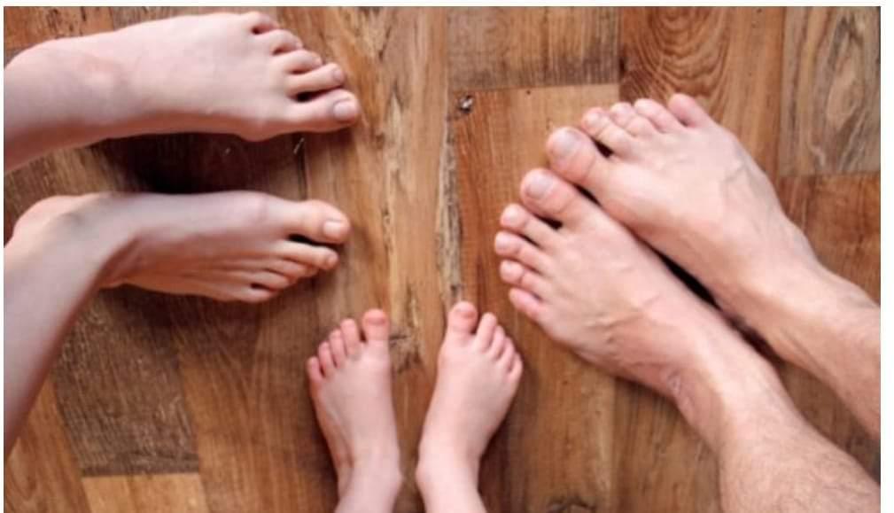 II. Burza barefoot, nosičských pomôcok a oblečenia.