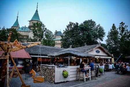 Foto a video: Janek LEDECKÝ - Bojnický dvor 2019 30