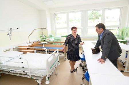 Foto a video: Stredná zdravotnícka škola v Prievidzi otvorená. Do prvého ročníka nastúpilo 48 žiakov 6