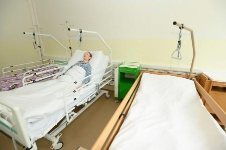 Foto a video: Stredná zdravotnícka škola v Prievidzi otvorená. Do prvého ročníka nastúpilo 48 žiakov 12