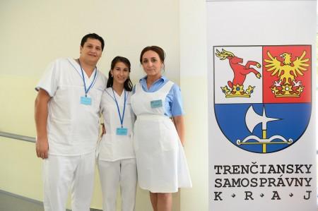 Foto a video: Stredná zdravotnícka škola v Prievidzi otvorená. Do prvého ročníka nastúpilo 48 žiakov 17