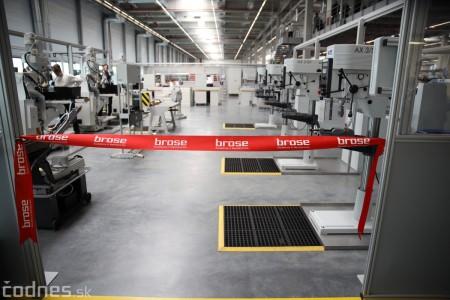 Foto a video: 400 nových pracovných miest pribudne v Prievidzi po dostavbe tretej výrobnej haly spoločnosti Brose 10