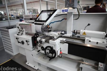 Foto a video: 400 nových pracovných miest pribudne v Prievidzi po dostavbe tretej výrobnej haly spoločnosti Brose 15