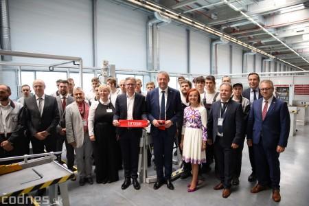 Foto a video: 400 nových pracovných miest pribudne v Prievidzi po dostavbe tretej výrobnej haly spoločnosti Brose 16