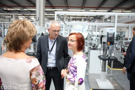 Foto a video: 400 nových pracovných miest pribudne v Prievidzi po dostavbe tretej výrobnej haly spoločnosti Brose 17