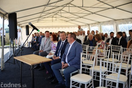 Foto a video: 400 nových pracovných miest pribudne v Prievidzi po dostavbe tretej výrobnej haly spoločnosti Brose 28