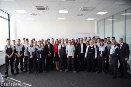 Foto a video: 400 nových pracovných miest pribudne v Prievidzi po dostavbe tretej výrobnej haly spoločnosti Brose 39