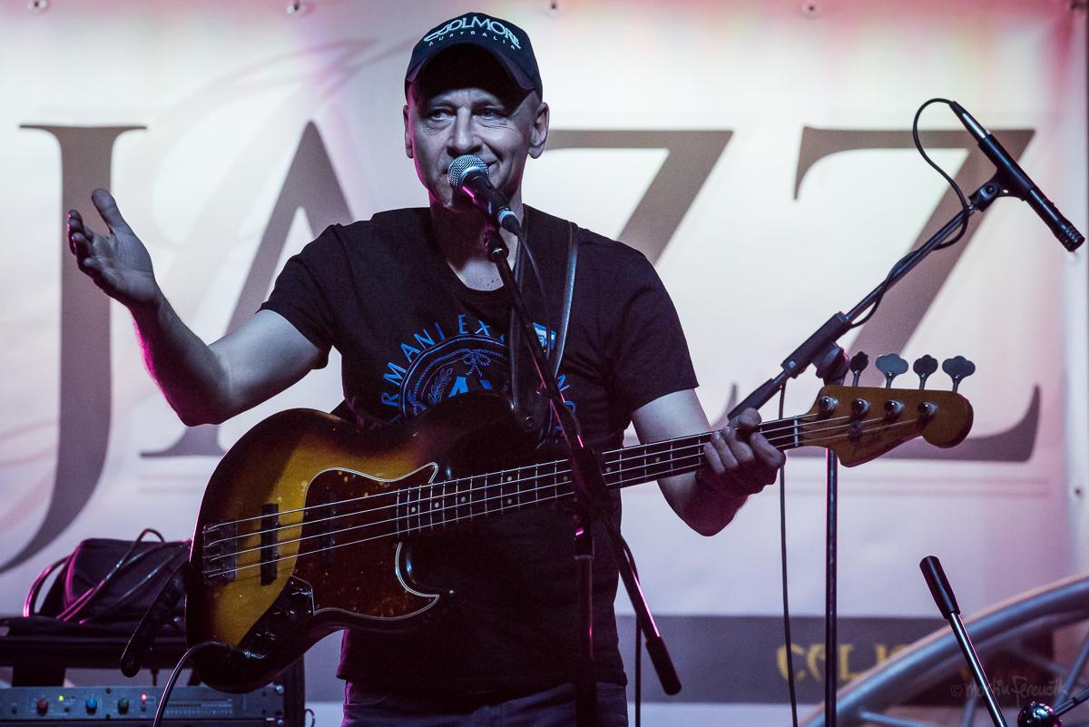 Fenomenálny basgitarista Juraj Griglák vydáva očakávaný album From the Bottom
