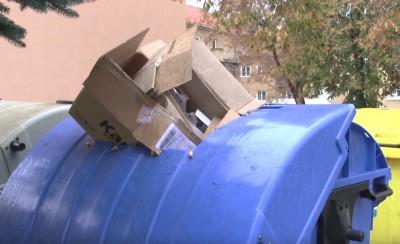 Video: Triedenie odpadu nie je veda - Krabice treba stláčať