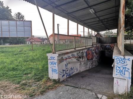 Foto a video: Skrášľovanie podchodu Žabník-Necpaly je hotové 34