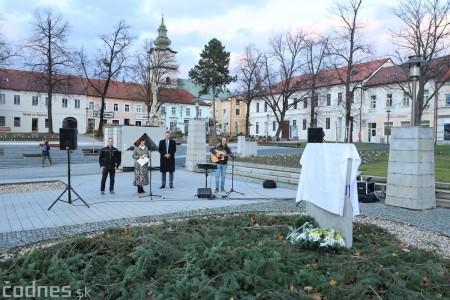 Foto a video: Slávnostné odhalenie pamätníka 30. výročia Novembra 1989 na Námestí Slobody v Prievidzi 1