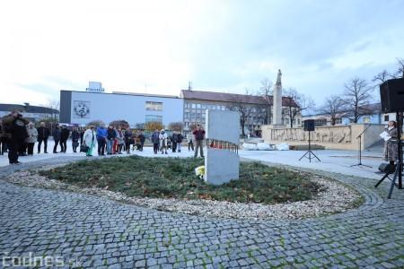 Foto a video: Slávnostné odhalenie pamätníka 30. výročia Novembra 1989 na Námestí Slobody v Prievidzi 8
