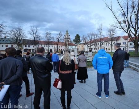 Foto a video: Slávnostné odhalenie pamätníka 30. výročia Novembra 1989 na Námestí Slobody v Prievidzi 10