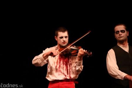 Foto: Josef Švejk - Divadlo Aréna - Frenkieho Vianoce v divadle 2019 - divadelný festival Myjava 1