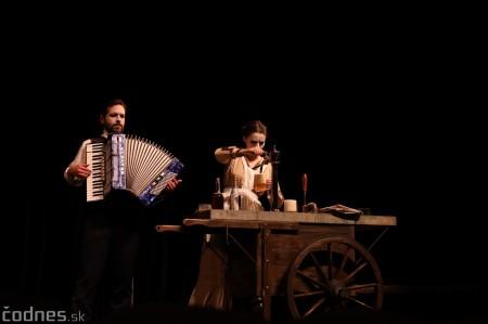 Foto: Josef Švejk - Divadlo Aréna - Frenkieho Vianoce v divadle 2019 - divadelný festival Myjava 2