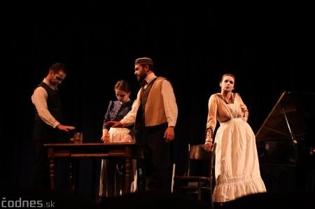 Foto: Josef Švejk - Divadlo Aréna - Frenkieho Vianoce v divadle 2019 - divadelný festival Myjava 3