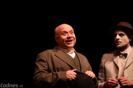 Foto: Josef Švejk - Divadlo Aréna - Frenkieho Vianoce v divadle 2019 - divadelný festival Myjava 10