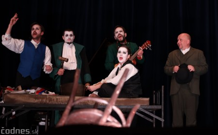 Foto: Josef Švejk - Divadlo Aréna - Frenkieho Vianoce v divadle 2019 - divadelný festival Myjava 14