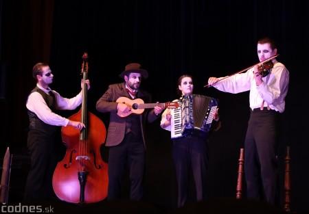 Foto: Josef Švejk - Divadlo Aréna - Frenkieho Vianoce v divadle 2019 - divadelný festival Myjava 34