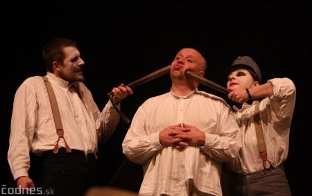 Foto: Josef Švejk - Divadlo Aréna - Frenkieho Vianoce v divadle 2019 - divadelný festival Myjava 41