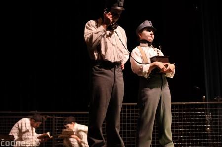 Foto: Josef Švejk - Divadlo Aréna - Frenkieho Vianoce v divadle 2019 - divadelný festival Myjava 49