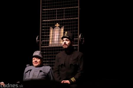 Foto: Josef Švejk - Divadlo Aréna - Frenkieho Vianoce v divadle 2019 - divadelný festival Myjava 60
