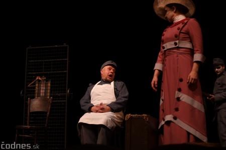 Foto: Josef Švejk - Divadlo Aréna - Frenkieho Vianoce v divadle 2019 - divadelný festival Myjava 62