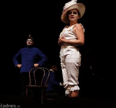Foto: Josef Švejk - Divadlo Aréna - Frenkieho Vianoce v divadle 2019 - divadelný festival Myjava 64