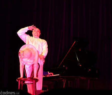 Foto: Josef Švejk - Divadlo Aréna - Frenkieho Vianoce v divadle 2019 - divadelný festival Myjava 65