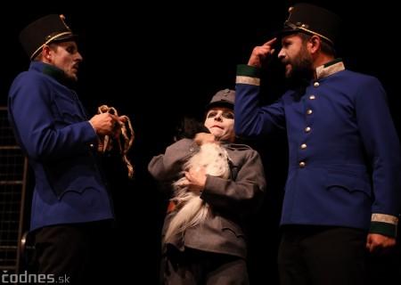 Foto: Josef Švejk - Divadlo Aréna - Frenkieho Vianoce v divadle 2019 - divadelný festival Myjava 71