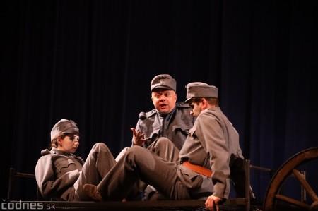 Foto: Josef Švejk - Divadlo Aréna - Frenkieho Vianoce v divadle 2019 - divadelný festival Myjava 74