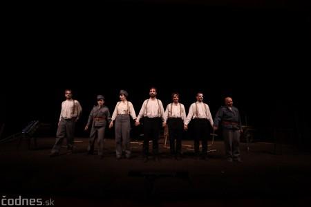 Foto: Josef Švejk - Divadlo Aréna - Frenkieho Vianoce v divadle 2019 - divadelný festival Myjava 77