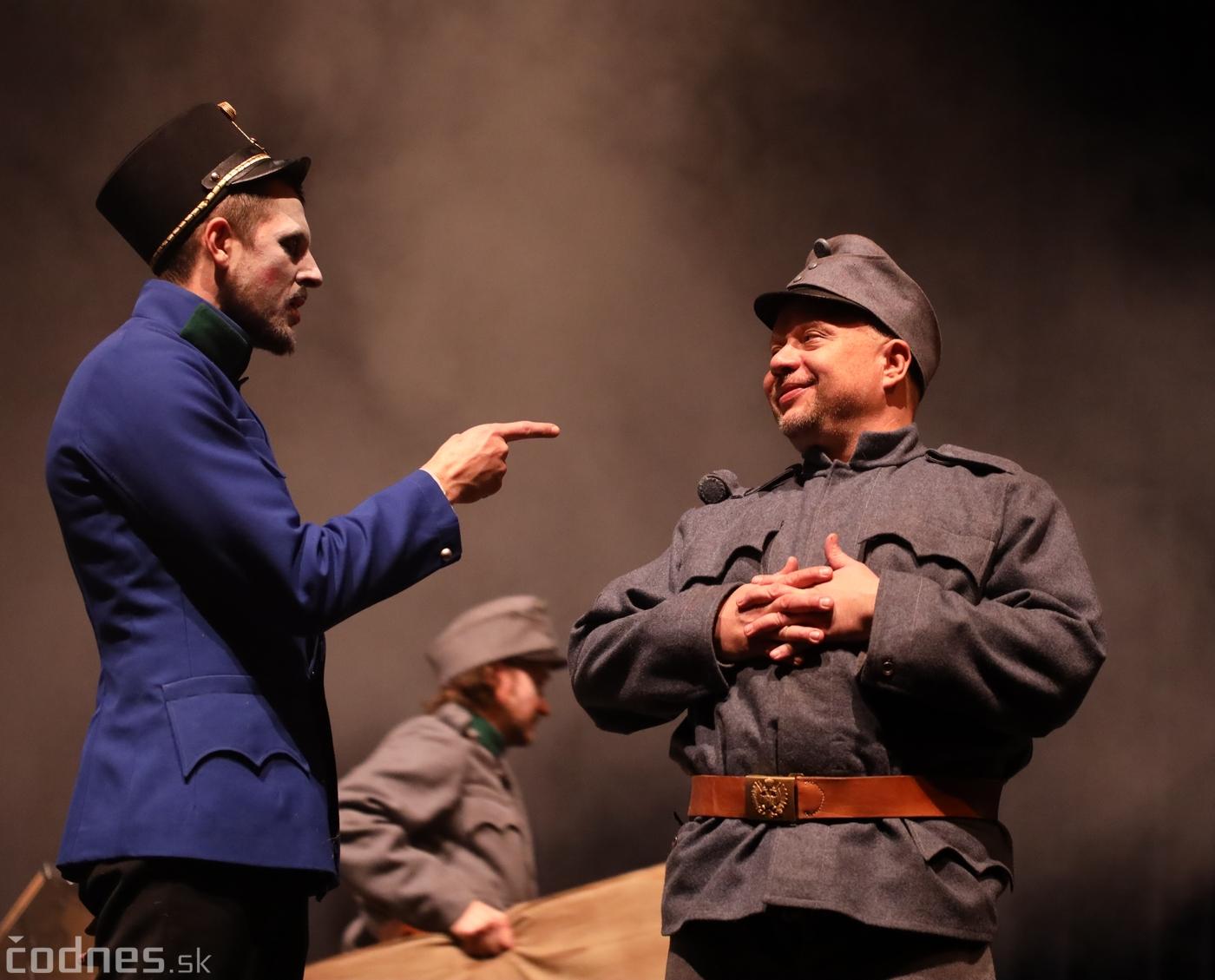 Foto: Josef Švejk - Divadlo Aréna - Frenkieho Vianoce v divadle 2019 - divadelný festival Myjava