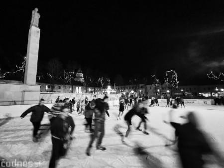 Ľadová plocha na námestí v Prievidzi - prevádzkové hodiny 9
