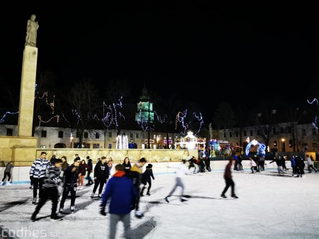 Ľadová plocha na námestí v Prievidzi - prevádzkové hodiny 10