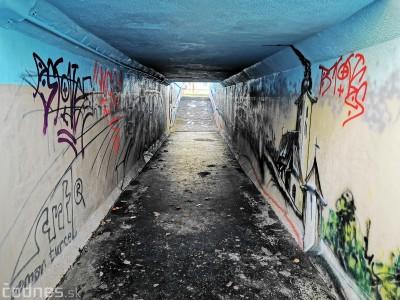 Foto a video: Vynovený podchod do Necpál čiastočne zničili vandali