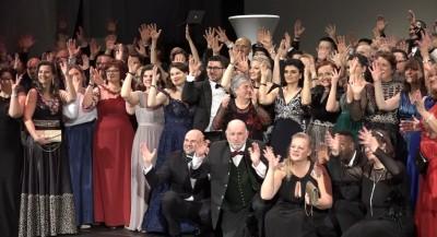 Video: 7. Celoslovenský ples nepočujúcich v Prievidzi