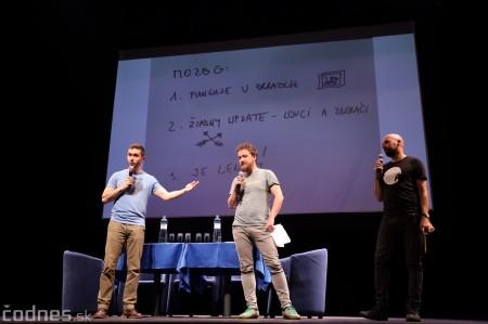 Foto: Stand-up diskusia Pohni hlavou - Prievidza 5