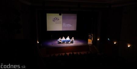Foto: Stand-up diskusia Pohni hlavou - Prievidza 8
