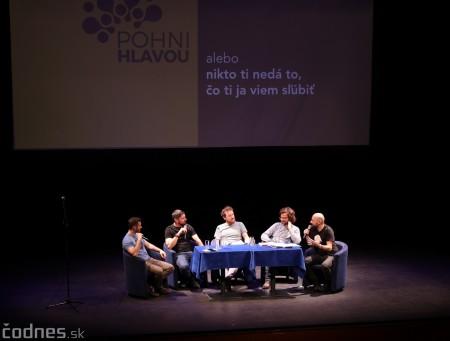 Foto: Stand-up diskusia Pohni hlavou - Prievidza 11