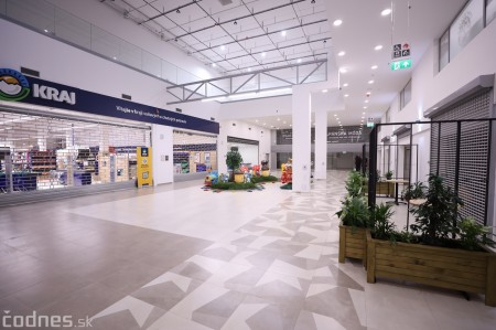 """Foto: Interiér a exteriér """"Titanik"""" PROCentrum - Prievidza - Obchodné centrum 14"""