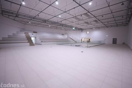 """Foto: Interiér a exteriér """"Titanik"""" PROCentrum - Prievidza - Obchodné centrum 27"""