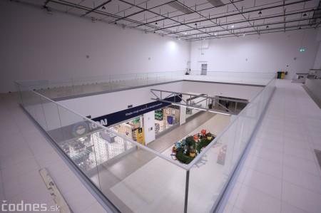 """Foto: Interiér a exteriér """"Titanik"""" PROCentrum - Prievidza - Obchodné centrum 30"""